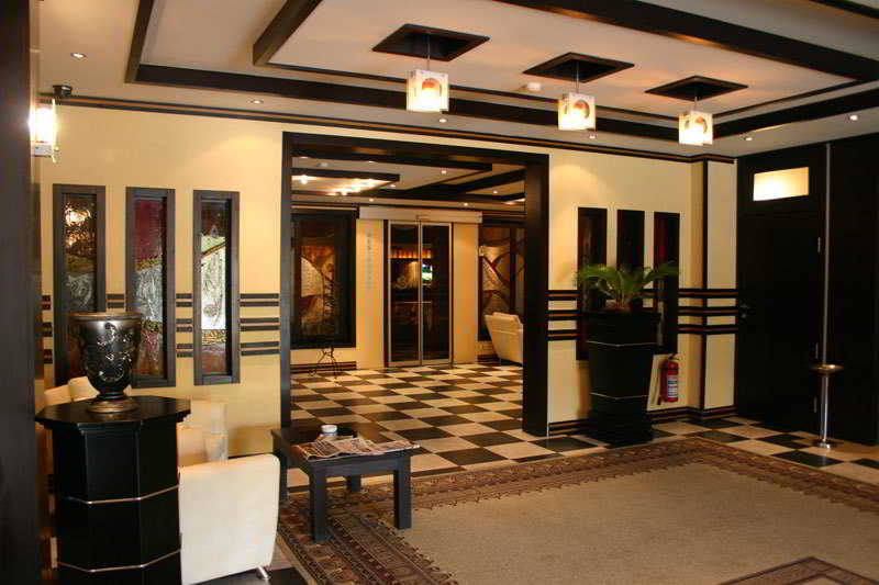 Sun Rise Hotel, Teymur Aliyev Str.59,