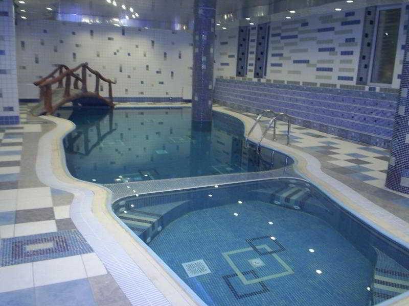 Ambiance - Pool