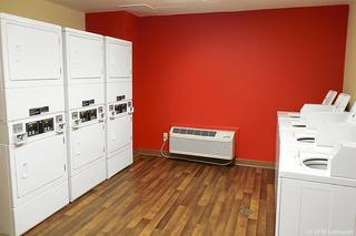 Extended Stay Deluxe…, Northwest 25th Street,7750