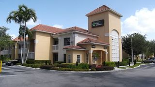 Extended Stay America – Miami – Airport – Blue Lag