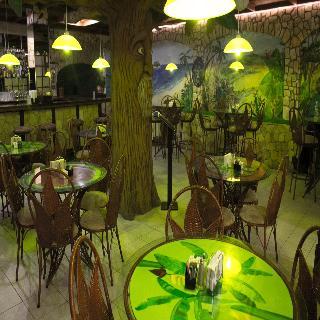 Adventure Inn - Restaurant