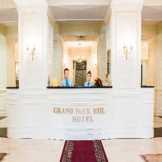 Grand Park Esil - Diele