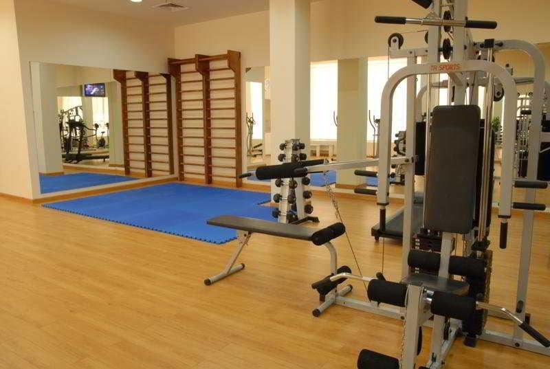Ani Plaza Hotel - Sport
