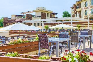 Blue Waves Resort, Rova,33