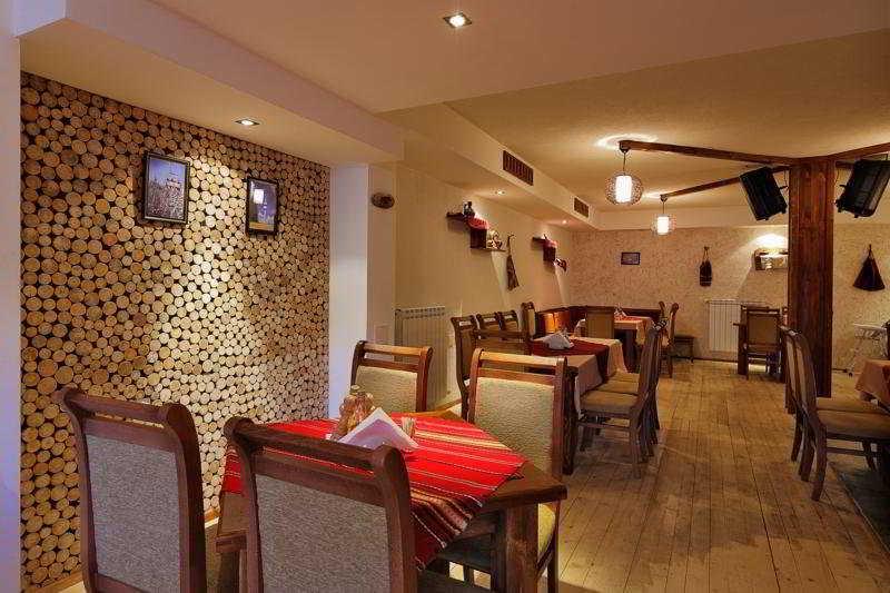Forest Nook - Restaurant