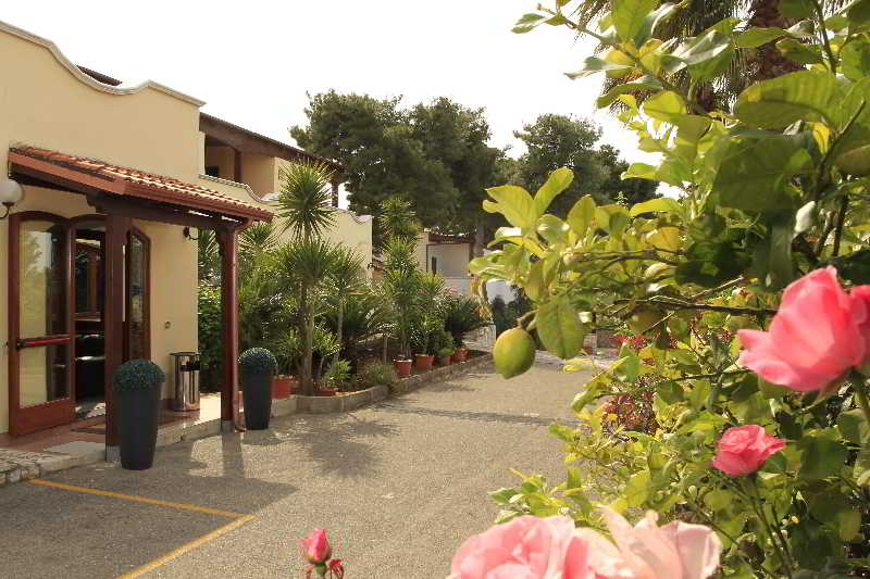 Hotel Club Bellavista, Via Chiesola,20