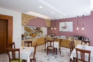 Europe Hotel - Restaurant