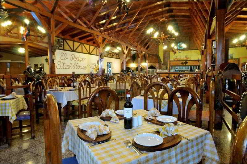 El Rodeo Estancia Boutique Hotel - Restaurant