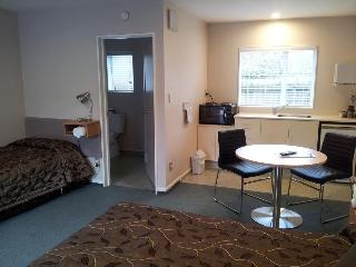 Christchurch Motel, 252 Riccarton Road,