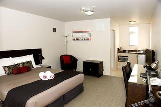 Dunedin Palms Motel, 185-195 High Street,