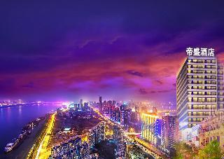 Dorsett Wuhan, 118 Jianghan Road,