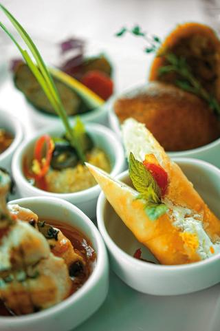 Crowne Plaza Asia Hotel
