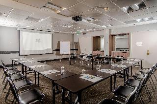 Holiday Inn Express Concepcion - Konferenz
