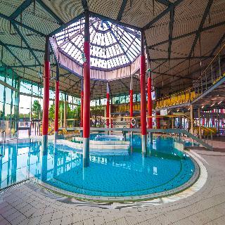 Izvir - Pool