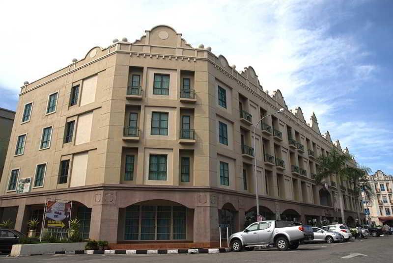 Seri Costa Hotel, Jalan Pm8, Plaza Mahkota,