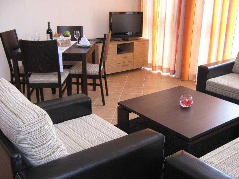 Pirin Golf Holiday apartments - Zimmer