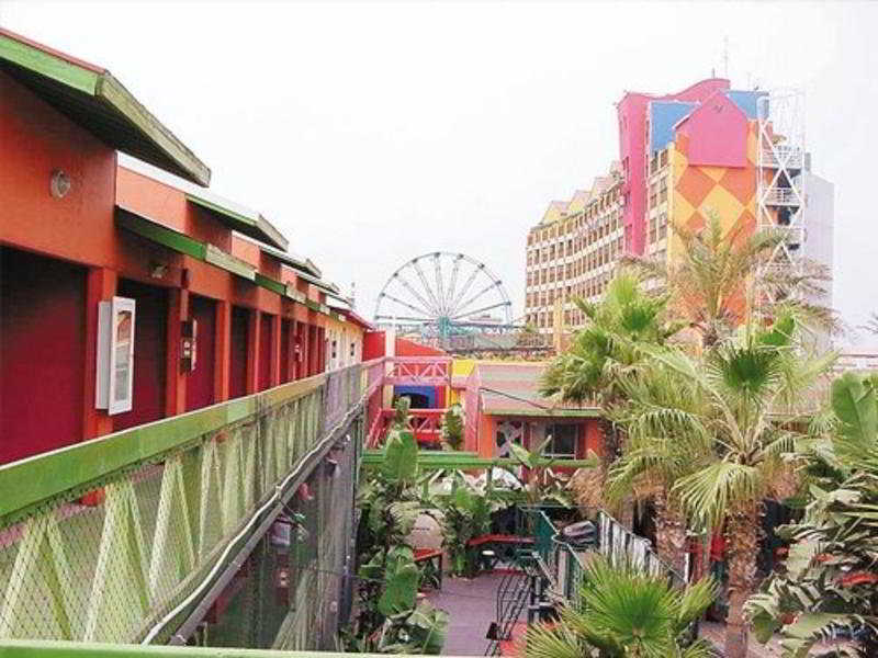 Festival Plaza Rosarito - Generell
