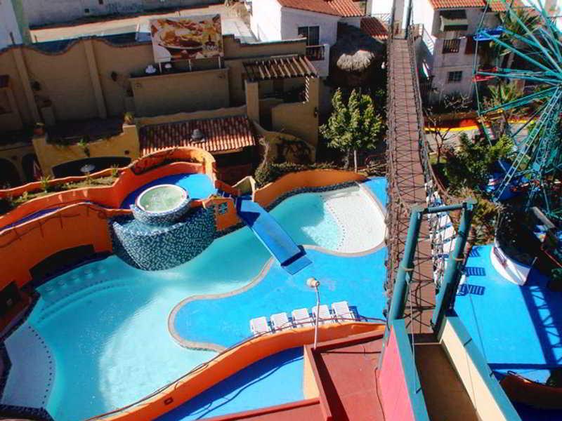 Festival Plaza Rosarito - Pool