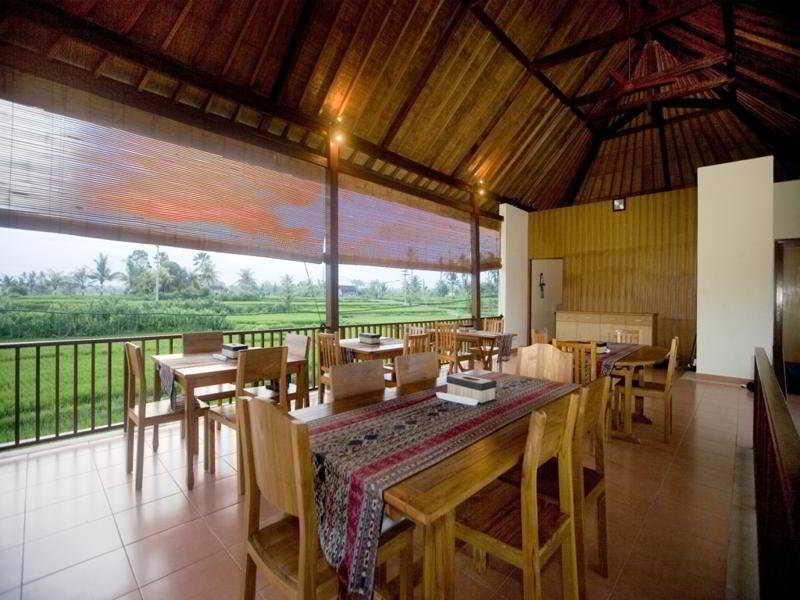 Villa Nian Luxury Villas…, Jl. Ir. Sutami Tegenungan…