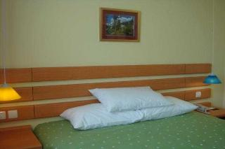 Home Inn Second Hanshui…, 162 Hanshui Road,