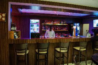 Circa Luxury Apartment Hotel - Bar