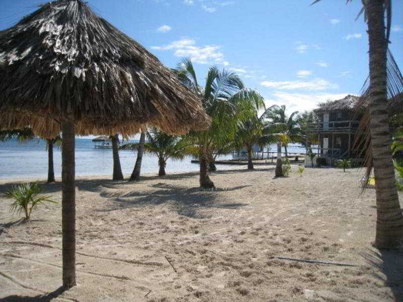 Exotic Caye Beach Resort - Strand
