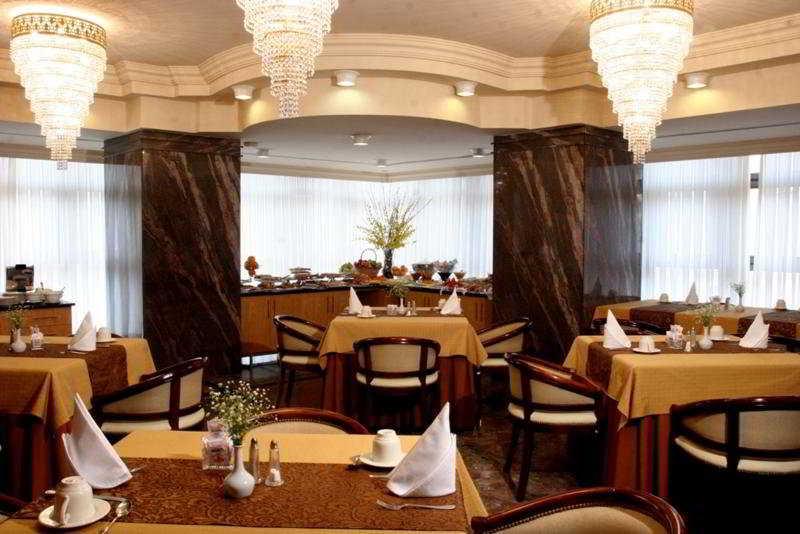 Sabe Center - Restaurant