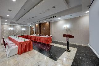Cassells Al Barsha Hotel - Konferenz