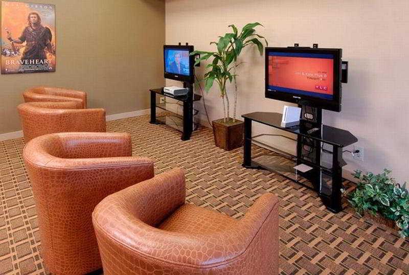 Park Plaza Resort, 2060 Sidewinder Drive,