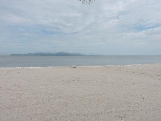 Bella Vista Waterfront Resort Langkawi - Strand