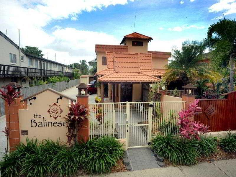 The Balinese, Lake Street,215