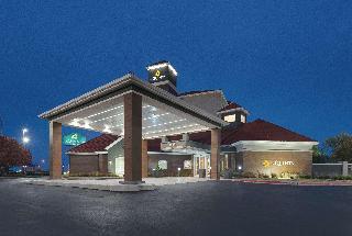 La Quinta Inn & Suites…, 4829 Northwest Expressway,