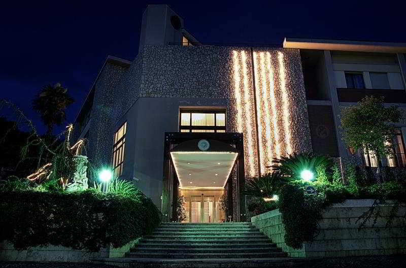 Solofra Palace