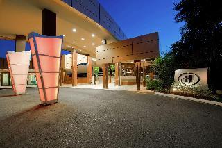 Hilton Trinidad & Conference…, Lady Young Road,