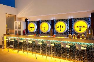 DoubleTree by Hilton Ras Al Khaimah - Bar