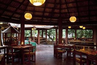 Palm Paradise Cabanas - Diele