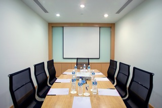 Parkroyal Serviced Suites Kuala Lumpur - Konferenz