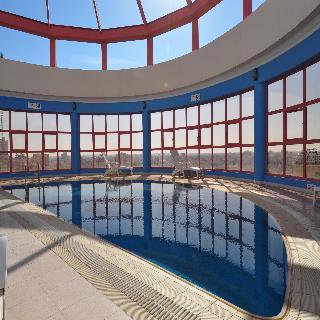 Days Hotel Manama - Pool