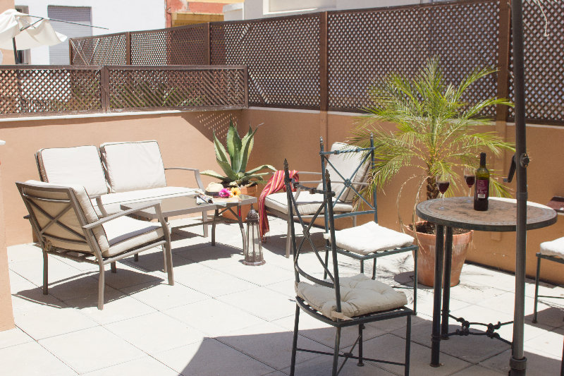 Life Apartments Giralda Suites