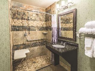 La Quinta Inn & Suites Fort Worth Lake Worth