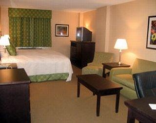 La Quinta Inn & Suites San Antonio Medical Center