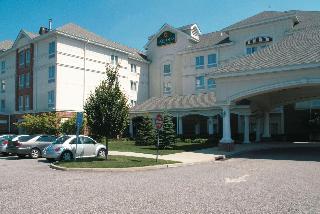 Laquinta Inn & Suites Islip