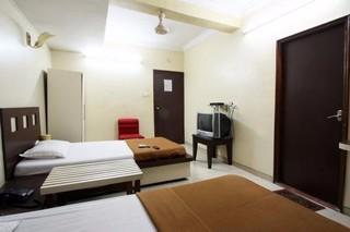 Book Neelkiran Mumbai - image 5
