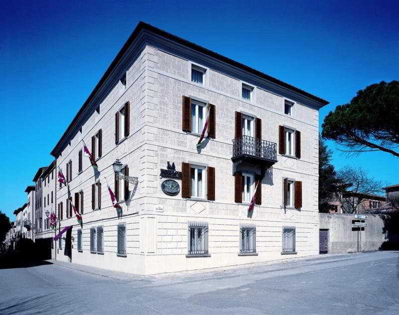 La Fenice Park Hotel, Corso A. Diaz,63