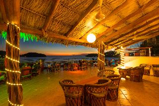 Catalina Beach Resort - Bar