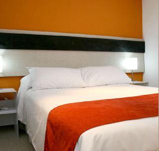 Monarca Hotel, 25 De Mayo,724