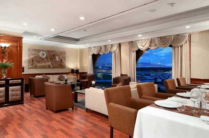 Hilton Algiers, Pins Maritimes El Mohammadia,