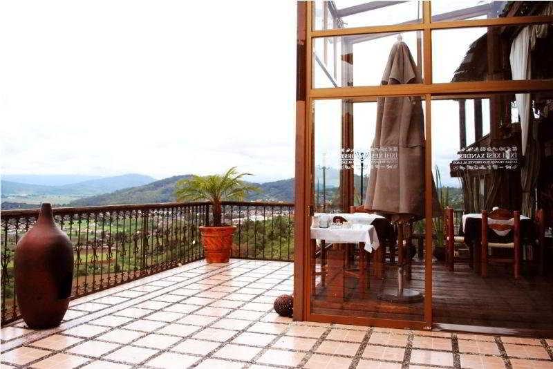 Eco Hotel Ixhi - Terrasse