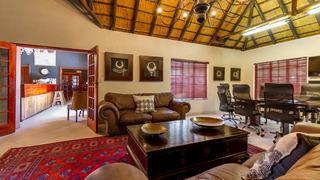 Zulu Nyala Country Manor - Diele
