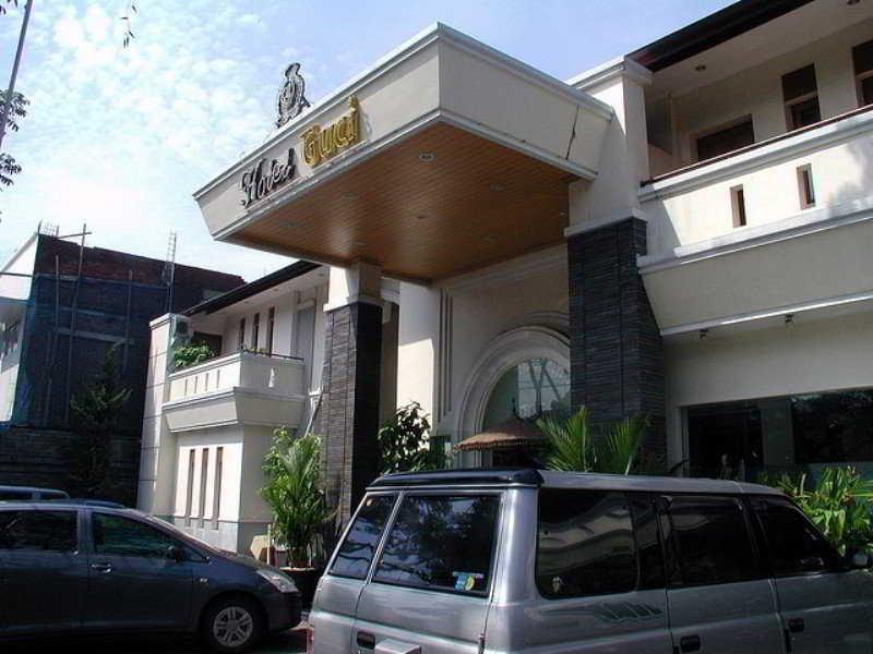 Hotel Grand Guci, Jl. Pasir Kaliki No. 53-55,53-55